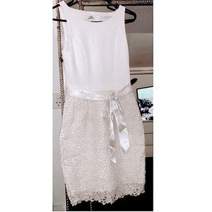 Lace dress with ribbon waist tie - cream/champagne